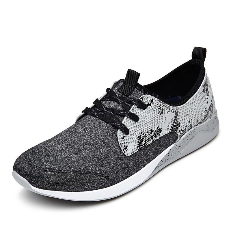 Sneakers Shop 3.jpg
