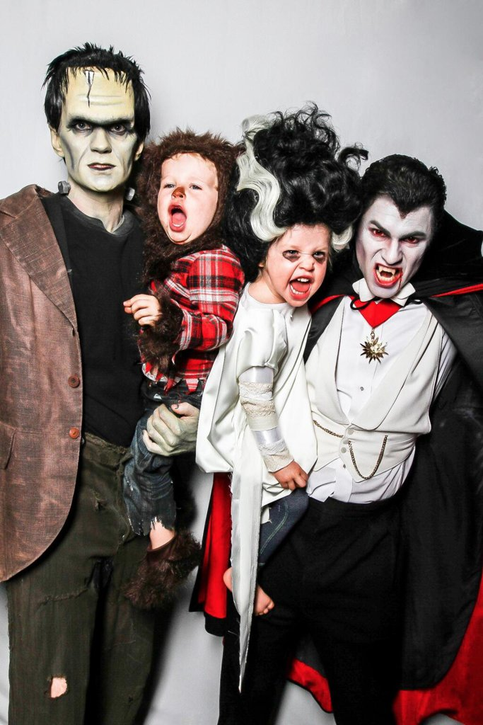 Neil-Patrick-Harris-Family-Halloween-Costumes.jpg