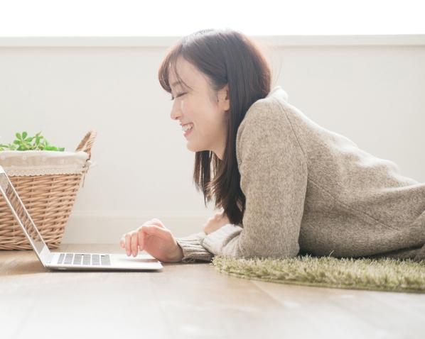 happy-online-shopper